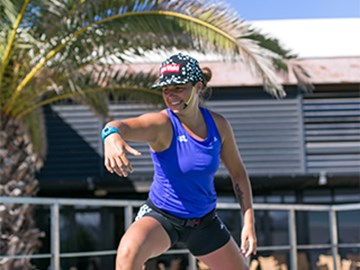 instructor mette smiling, rising and shining under the sun of club la santa