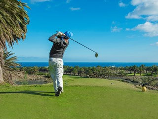 golf on course sea view.jpg (1)